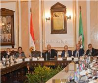 مجلس جامعة القاهرة يناقش إنشاء وحدات القياس والتقويم بكليات الجامعة
