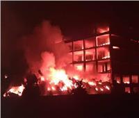 بعد 7 ساعات من الجهد المتواصل لإخماده.. تجدد حريق «مصنع قليوب»