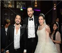 صور| مصطفى حجاج وانستازيا يحتفلان بزفاف «حسام ونسمة»