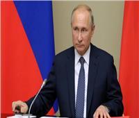 «التايمز»: تدخل روسيا في ليبيا خرج من الخفاء للعلن