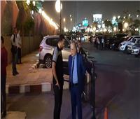 صور| نقيب السينمائيين أول الحاضرين في عزاء هيثم أحمد زكي