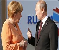 الكرملين: بوتين يبحث قضايا سوريا وليبيا وأوكرانيا مع ميركل