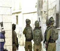 قوات الاحتلال تقتحم مخيم العروبشمال الخليل بالضفة الغربية