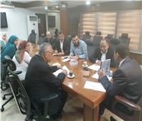 «عبد الغفار» يستعرض تقريرا حول تجديد هيئة الاستشعار اعتماد «الأيزو»