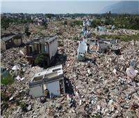 زلزال يلحق أضرارا بالمنازل والكنائس في إندونيسيا