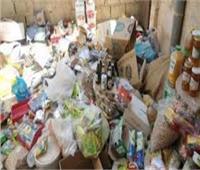 ضبط 18 طن سلع منتهية الصلاحية بمخزن في الإسكندرية