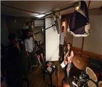 بالصور.. إنجي المقدم تبدأ تصوير «باب معزول»