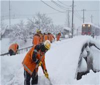 النمسا: هطول الثلوج الكثيف يغلق المدارس وينذر بوقوع انهيارات