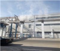 صور| السيطرة على حريق محدود بمصنع الألومنيوم بنجع حمادي