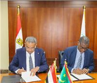 رئيس البريد يبحث مع نظيره الموريتاني أوجه التعاون وتبادل الخبرات بين البلدين