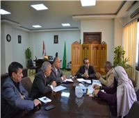 نائب محافظ الإسماعيلية يستعرض الموقف التنفيذي للمشروعات الإنشائية للمدارس الجديدة