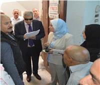محافظ المنيا يخصص شقة لمواطن من ذوي الاحتياجات الخاصة