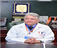 الاتحاد الآسيوى للكبد يمنح الدكتور جمال شيحة ميداليته الذهبية
