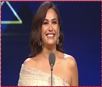 فيديو| حضور حفل افتتاح «القاهرة السينمائي» يحتفلون بعيد ميلاد هند صبري