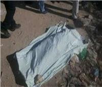 العثور على جثة مجهولة الهوية على جانب الطريق الدولي بكفر الدوار