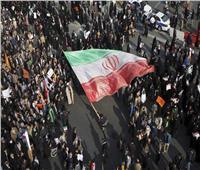 بعد انقطاعها لمدة 5 أيام... خدمة الانترنت تعود إلى إيران تدريجيا