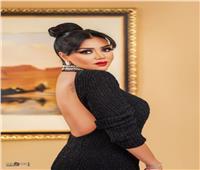 ناقد: فستان رانيا يوسف لا يناسب السجادة الحمراء