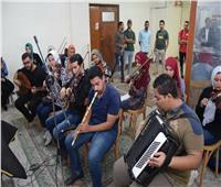 لجنة من وزارة الشباب والرياضة تتابع سير العمل بمركز فنون جامعة سوهاج