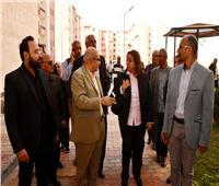 صور| مي عبد الحميد: تسليم أول موقع للإسكان الاجتماعي بالشروق لشركة الصيانة