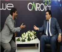 خاص  «رئيس المصرية للاتصالات» يكشف موعد انتهاء إحلال الشبكات بالألياف الضوئية