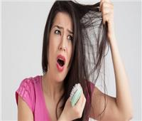 تعرفي على العلاقة بين «تكيس المبايض» و«تساقط الشعر»