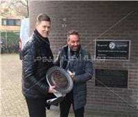 «بوابة أخبار اليوم» تنفرد بأول صورة لتكريم حازم إمام في هولندا