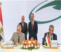 بروتوكول تعاون بين «البريد» و«العربية للتصنيع» لتوفير سيارات نقل أموال مدرعة