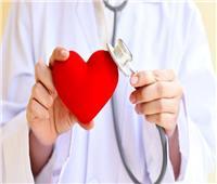 فيديو| استشاري: الأسبرين لا يقي من أمراض القلب