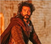 خالد النبوي يكشف كواليس تدريباته على معارك «ممالك النار»| فيديو