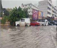 فيديو| مياه الفيضانات تعطل حركة السير في لبنان