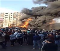 ننشر الصور الأولى لحريق سيارة محملة بالبترول في الخصوص.. ولا وفيات