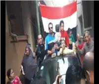 صور| استقبال «حافل» للرائد إيهاب مرعي بعد إصابته في انفجار عبوة ناسفة