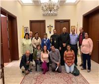 الأنبا باخوم يجتمع مع مسئولي الأنشطة الرسولية بمصر
