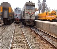 استئناف حركة القطارات بالمنيا بعد توقفها 3 ساعات بسبب تعطل جرار