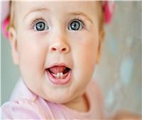 طبيب حديثي الولادة: التسنين بريء من أمراض الأطفال