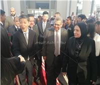 صور ..السفير الصيني يشيد بمستوى طلاب الجامعة «المصرية الصينية»