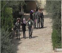 الاحتلال يعتقل طفلة فلسطينية قرب الحرم الإبراهيمي