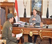 «سعد» يلتقي المستشار العسكري لمحافظة أسيوط