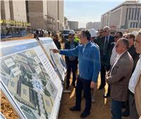 صور| «العناني» يتفقد أعمال متحف الآثار بالعاصمة الإدارية الجديدة
