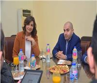 وزيرة الهجرة ومحافظ دمياط تعقدان اجتماعا مع مستثمرين لبحث تصدير الأثاث المصري عالميا