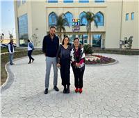 نيللي كريم تزور مستشفى «الناس» للأطفال