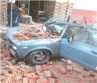 إصابة شخص بعد سقوط سور بلكونة على سيارته بالإسماعيلية