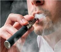 التدخين الإلكتروني يسجل حالات وفاة جديدة بسبب «مرض غامض»