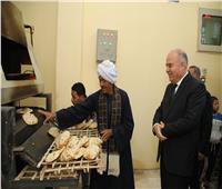 محافظ قنا يفتتح مخبز حاجر الدهسة البحري بفرشوط