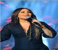شاهد.. إطلالة ساحرة لـ«اليسا» في حفل أوبرا جامعة مصر