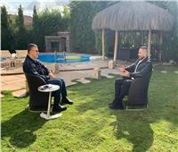 """تامر حسني: """"محمد منير الوحيد اللي وقف جنبي"""""""