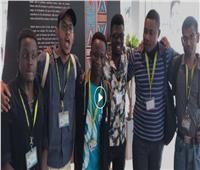 فيديو| شباب أفريقيا يدعون السياح لزيارة شرم الشيخ: «جمال فريد وساحر»