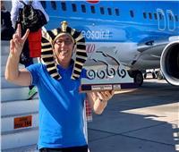 صور| بطل كأس العالم للبليارد يروج لمصر برسالة مؤثرة من 3 لغات