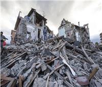 استمرار جهود البحث والإنقاذ داخل مبنى انهار بعد زلزال جنوب الفلبين