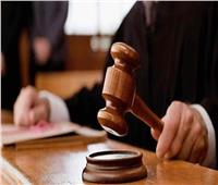 وصول المتهمين بالإتجار بالبشر إلى مقر محاكمتهم